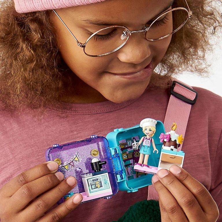 LEGO Friends - Cubo de Brincar da Stephanie 41401