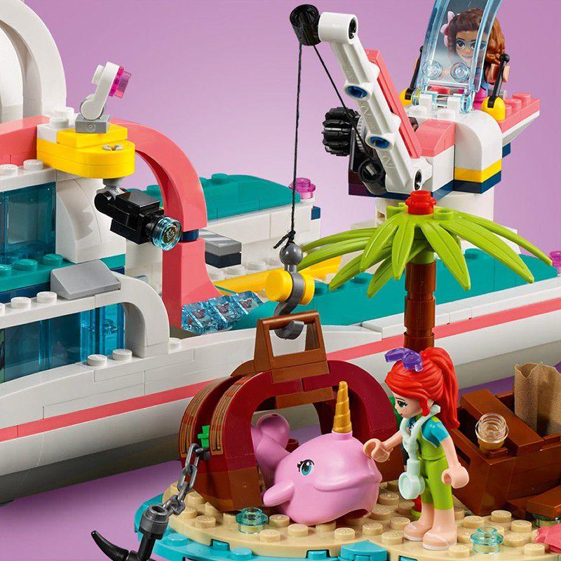 LEGO Friends - Missão com o Barco de Resgate 41381
