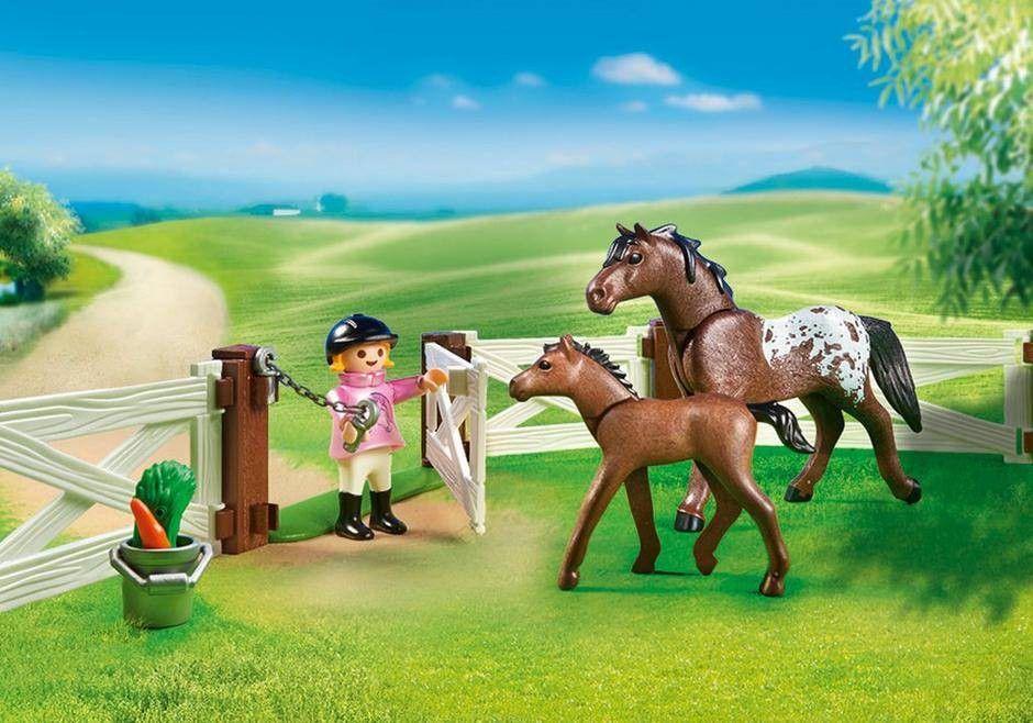 Playmobil Cercado com Cavalos