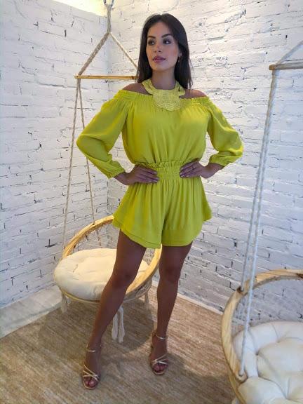 Conjunto Shorts e Blusa Amarelo