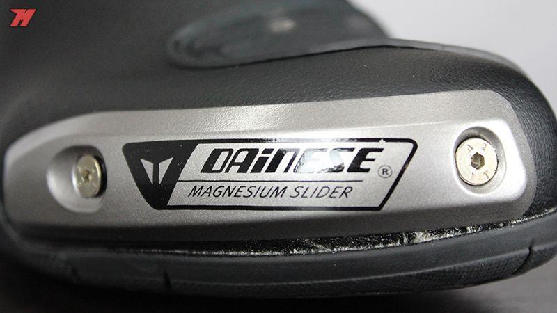 Bota Dainese Torque D1 Out Goretex - Impermeavel / Ventilada