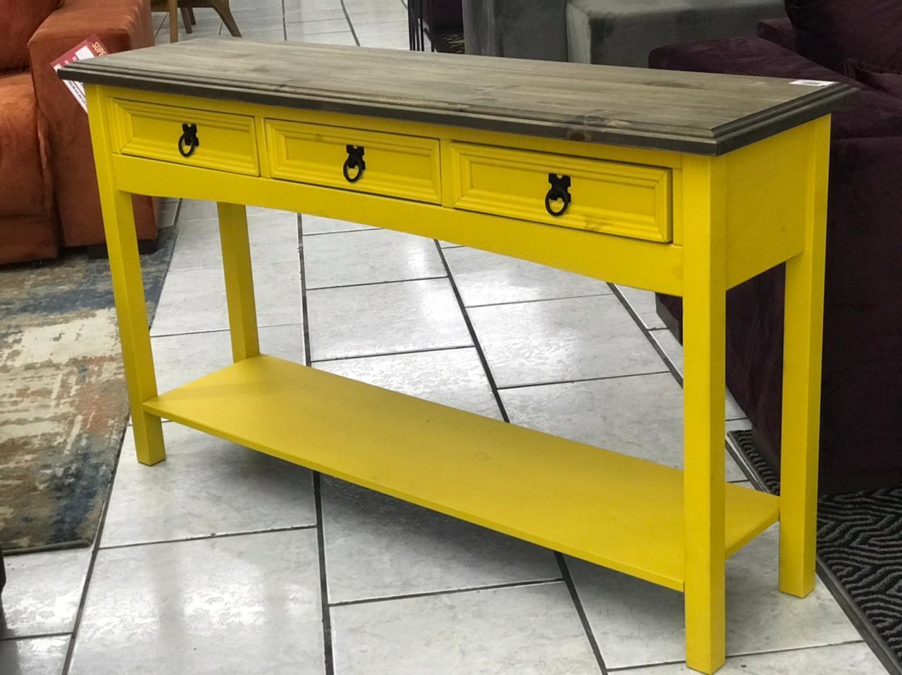Aparador Rústico -    Amarelo