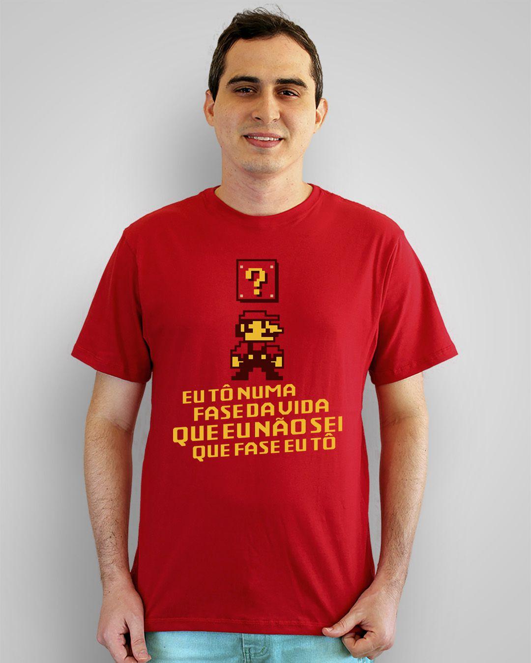 Camiseta Eu tô numa fase da vida, que eu não sei que fase eu tô
