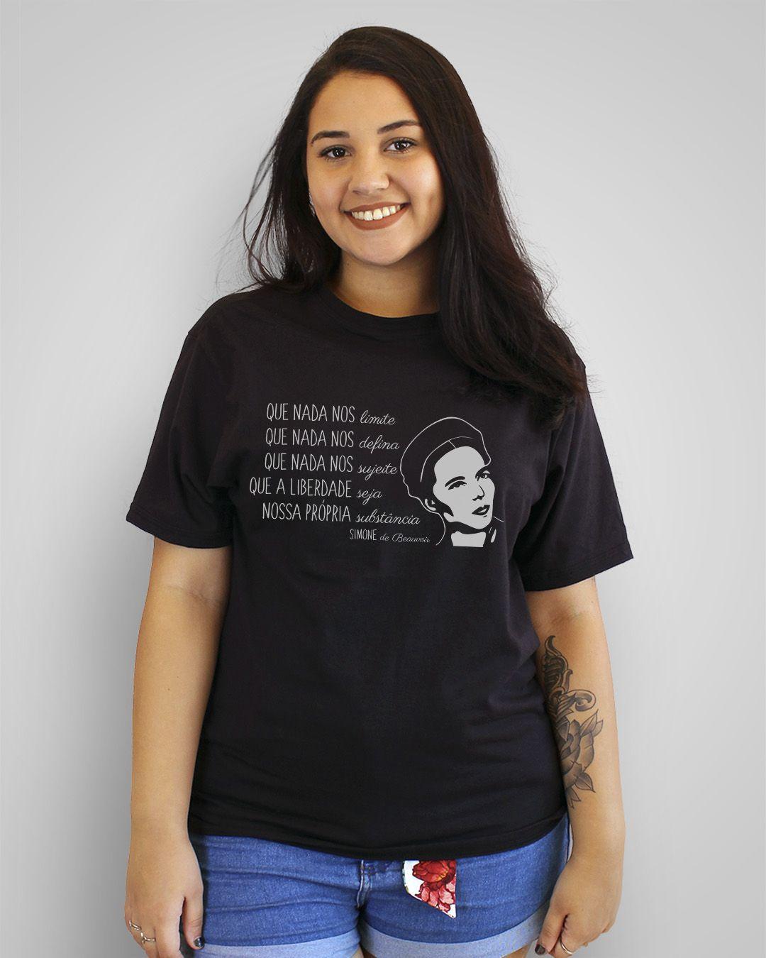 Camiseta Que nada nos limite... - Simone de Beauvoir