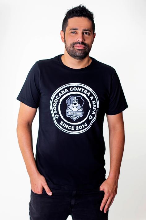 Camiseta Carimbo Preta