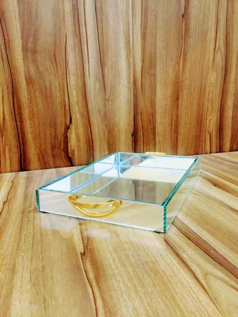 Bandeja Espelhada Com Alça Concha Dourada Jantar Bar 30X20