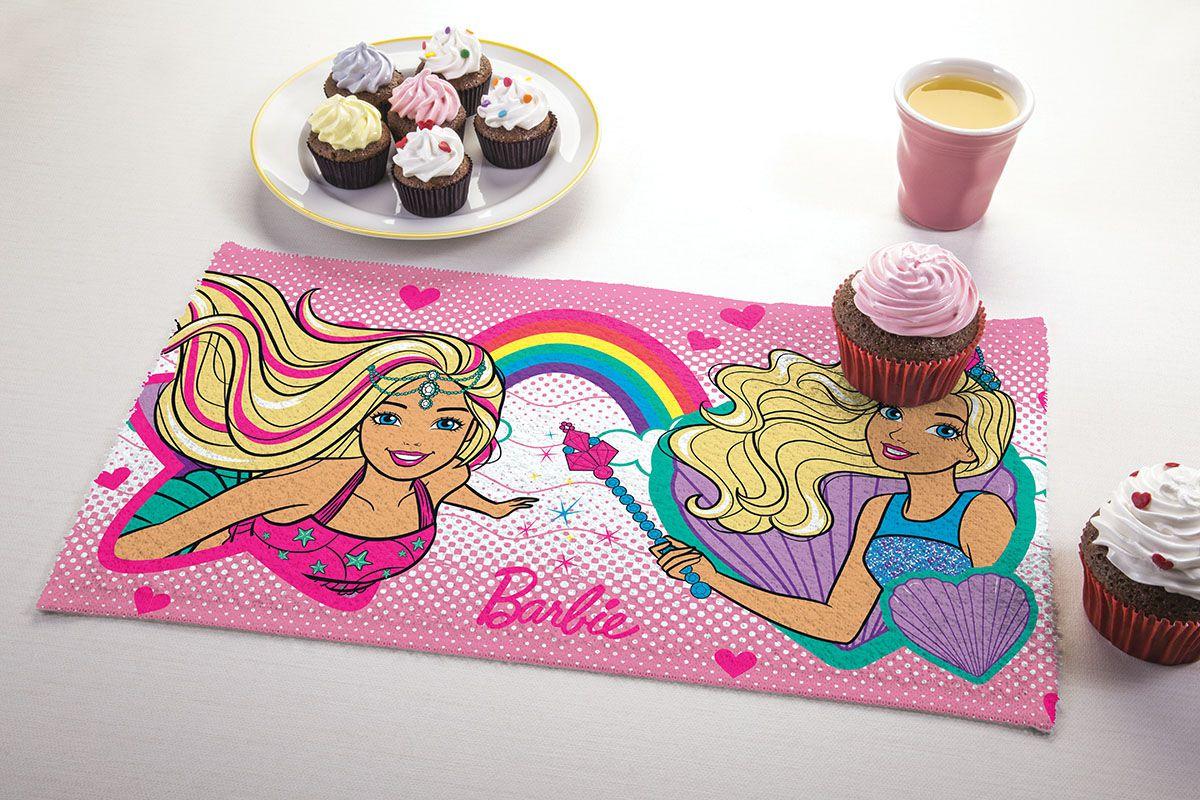 Toalha de Lancheira Infantil Estampada Barbie Reinos Magicos 24 cm x 42 cm