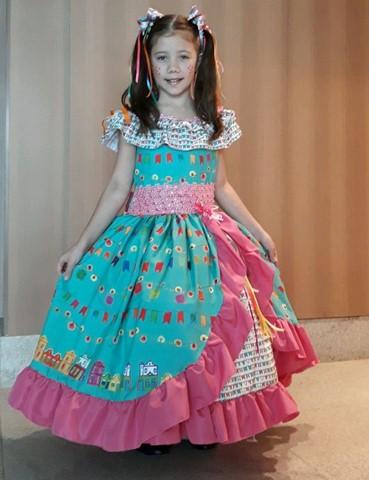 Vestido de quadrilha igrejinha super luxo Isadora