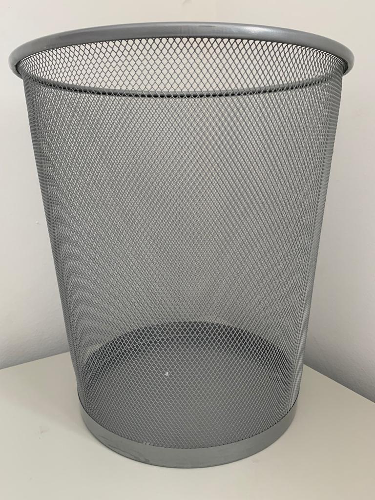 Cesto de papel grelhado em metal - SLT 5001
