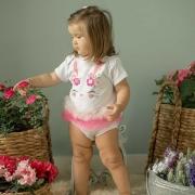 Body de Bebê Coelha flower Com frufru Pink e Rosa e aplique de pom pom
