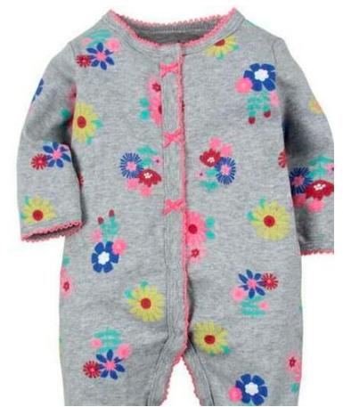 Macacão de bebê Floral Cinza e Rosa com Pezinho