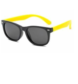 Oculos Infantil / bebê super Flexivel protecao solar .  Preto com aste amarela