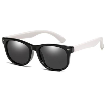 Oculos Infantil / bebê super Flexivel protecao solar . Preto com aste branca