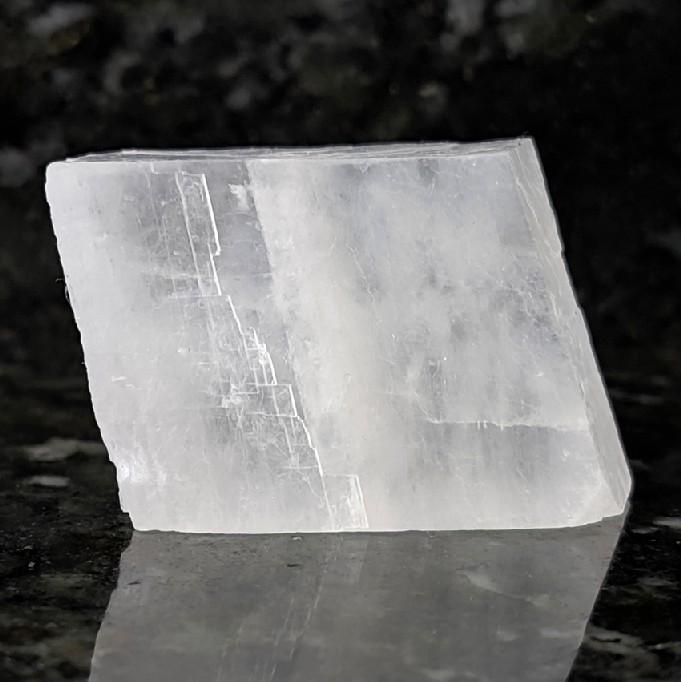 Calcita branca romboédrica - 5,1 cm