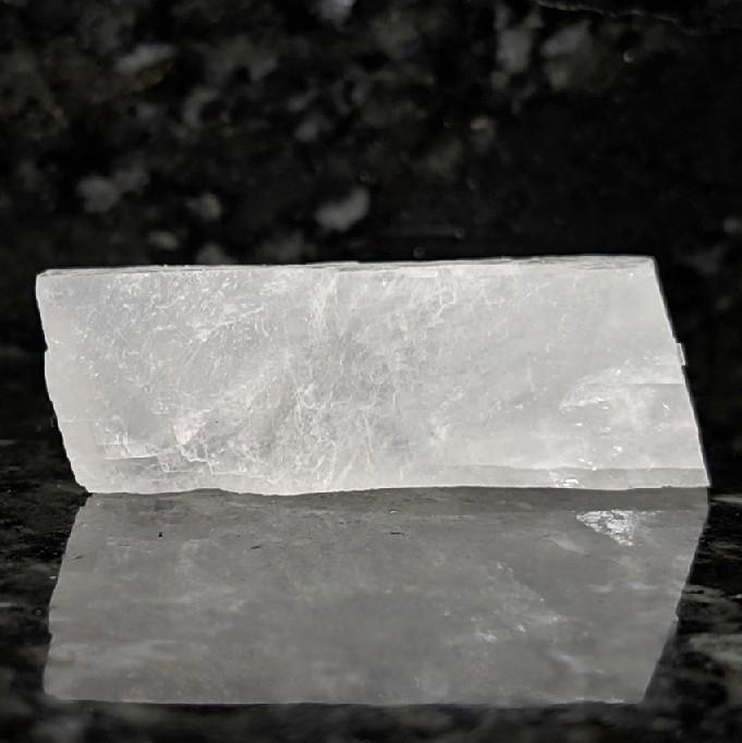 Calcita branca romboédrica - 6,7 cm