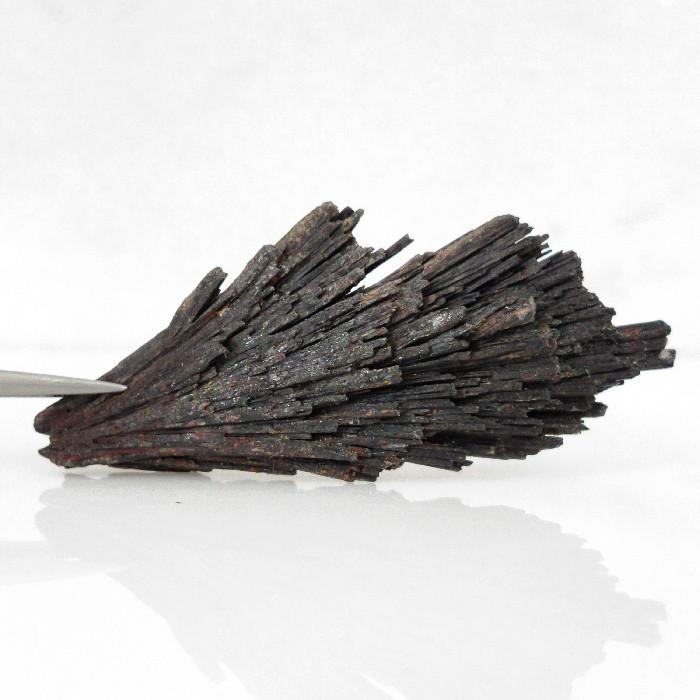 Cianita preta - 7,3 cm