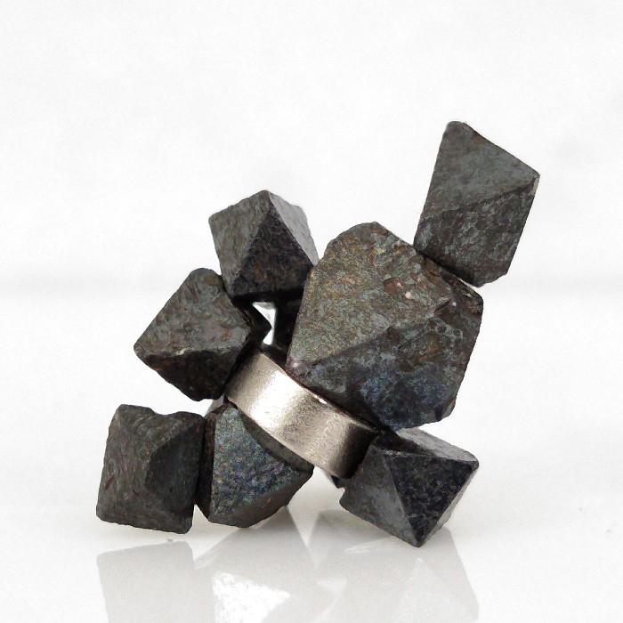 Magnetita com imã - 10 peças