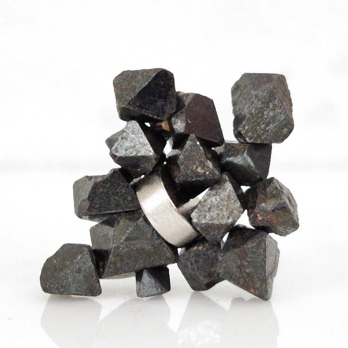 Magnetita com imã - 14 peças