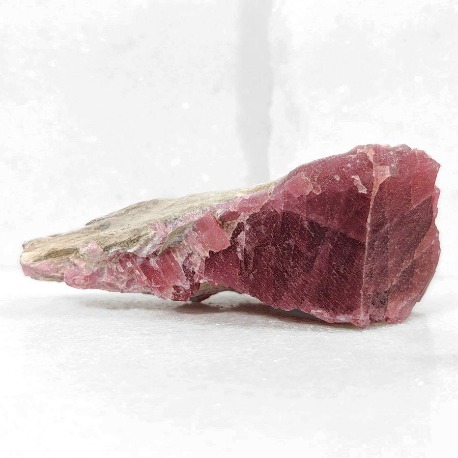 Rodonita com cummingtonita - 8,4 cm