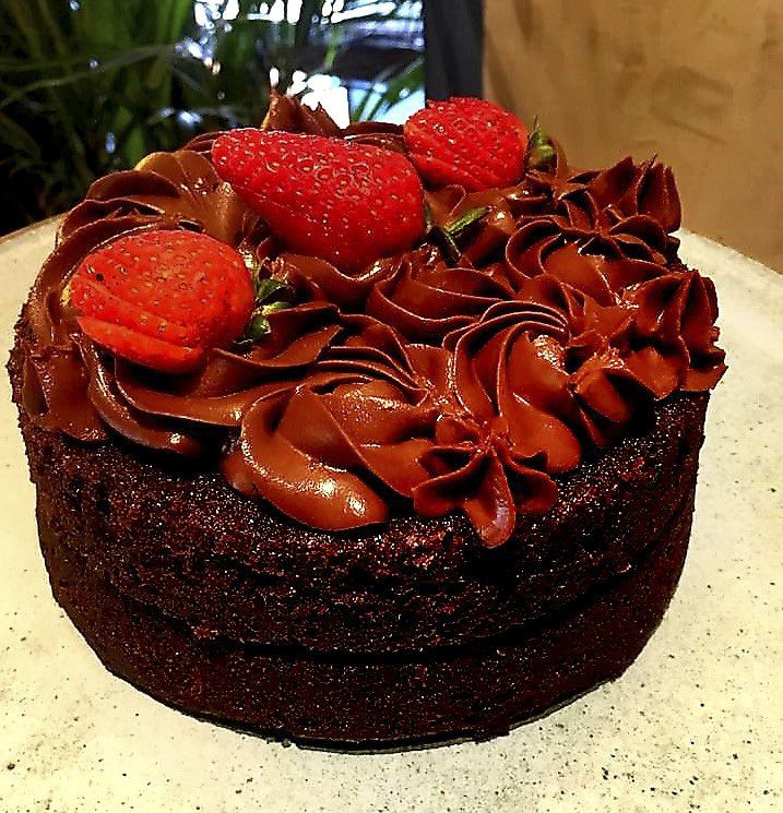 Nacked Chocolate com Morangos