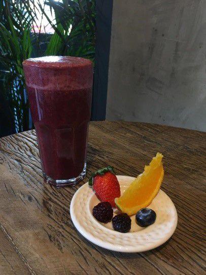 Suco de Frutas Vermelhas com Laranja