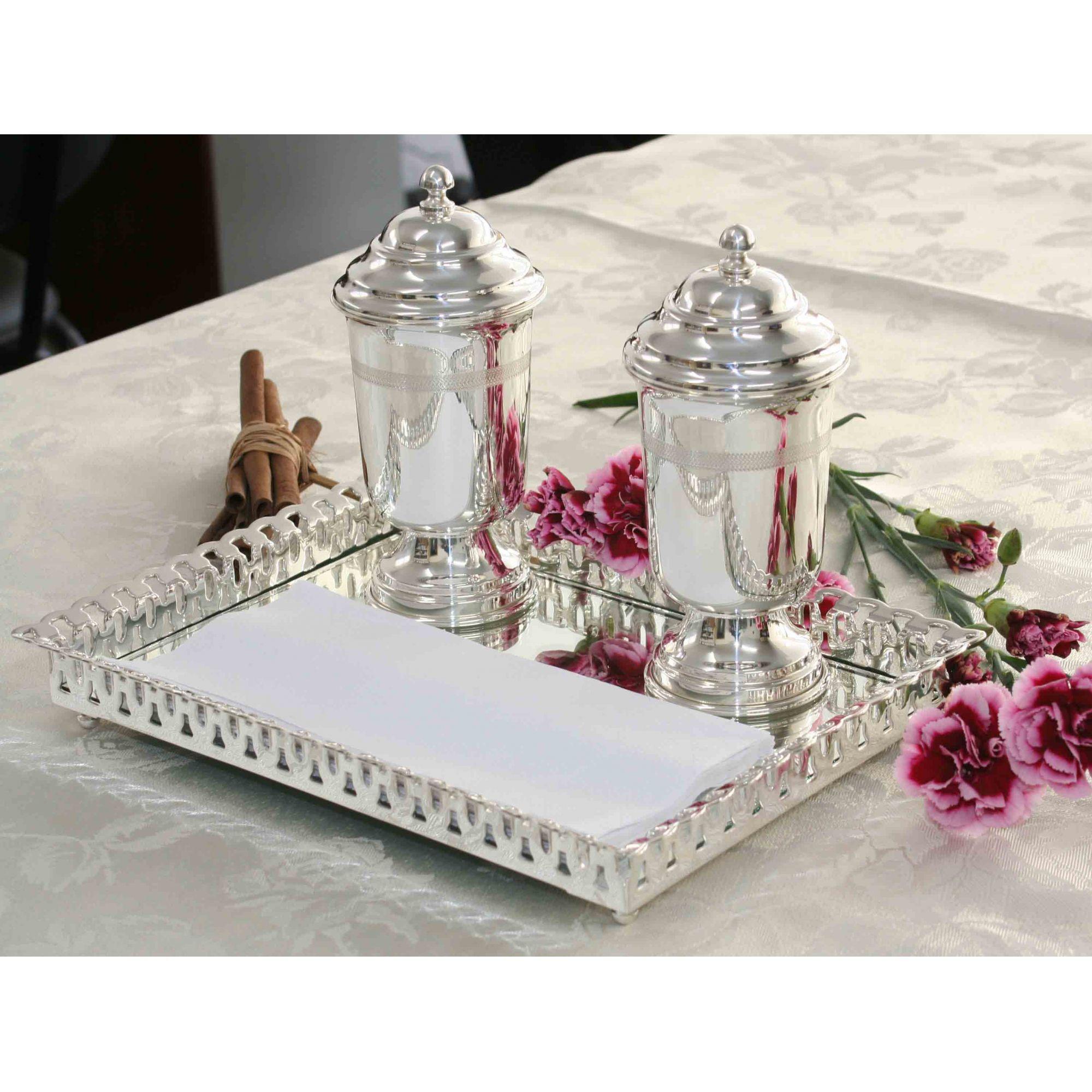 Kit decorativo com bandeja grade renda e taças Vick