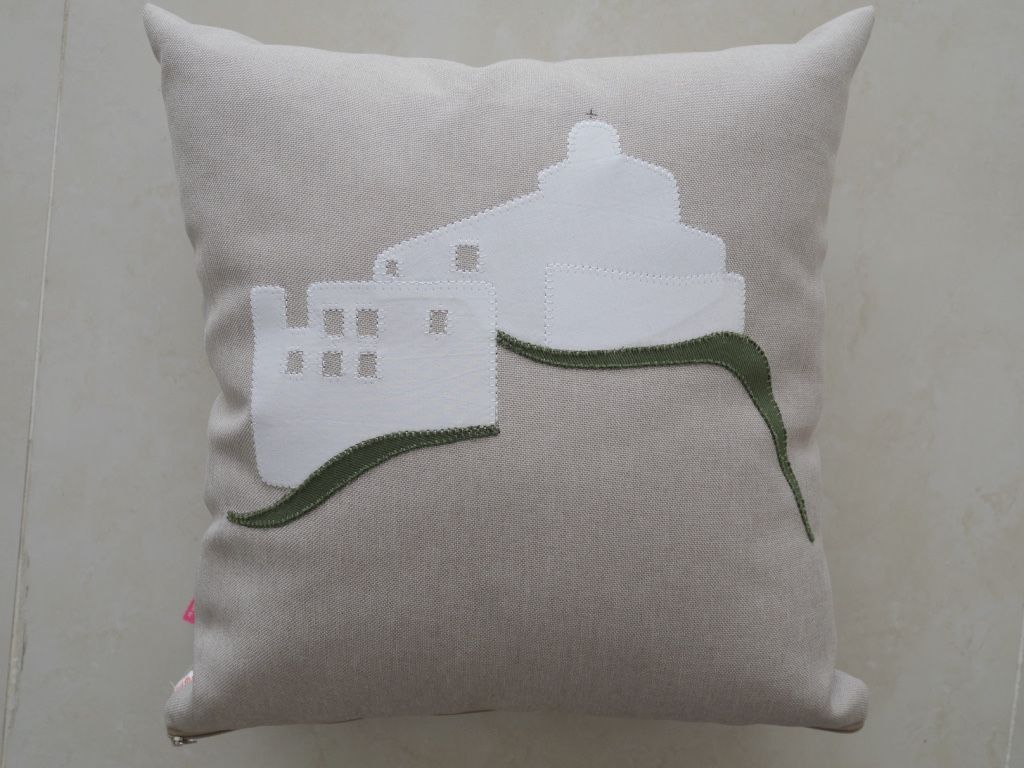 Almofada Convento cinza em linhão - Ateliê de Mimo