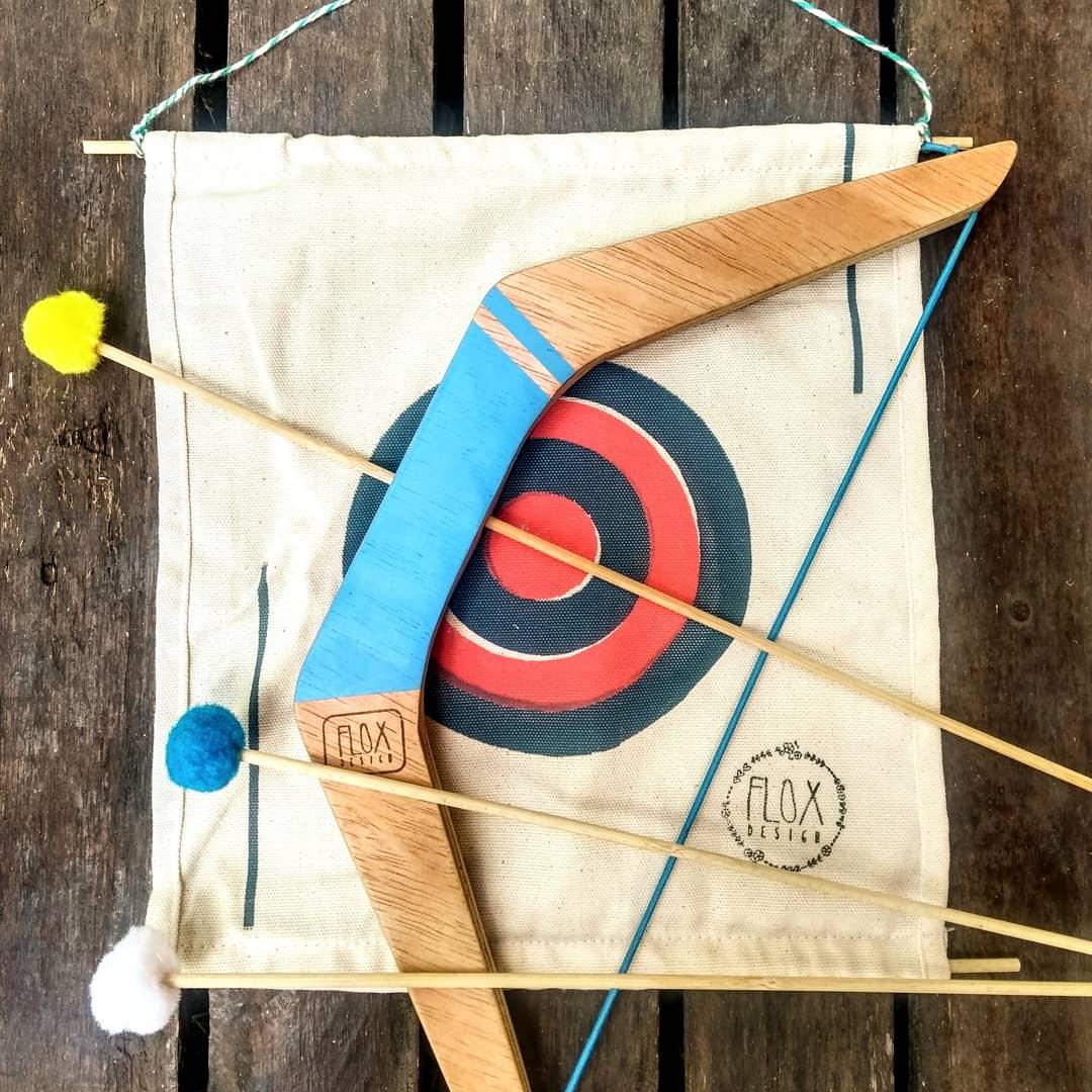 Arco e Flecha em madeira com Alvo - Flox Design