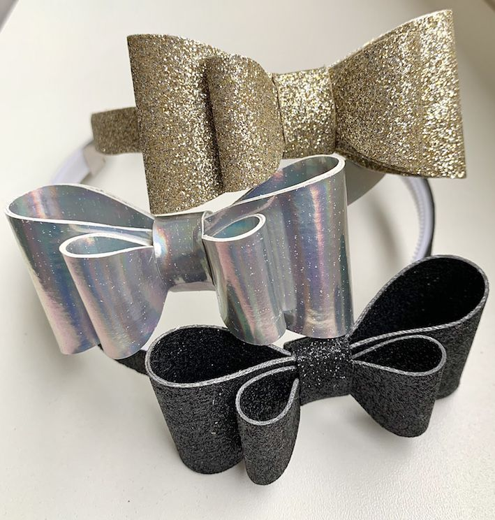 Arco Flexível Laço Duplo Holográfico - Estampado Prata - Tatilu