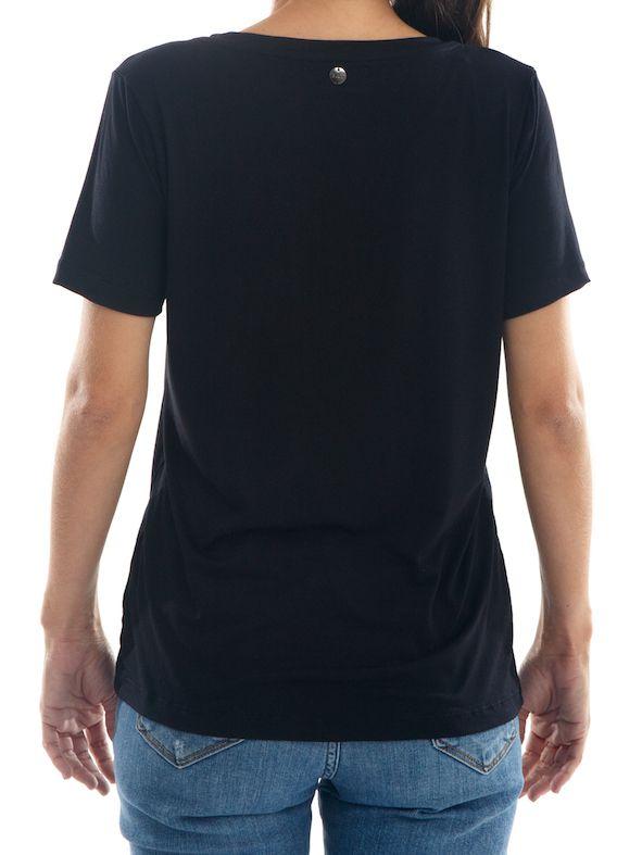 Camisa T-Shirt Premium Feminina BAY Santorini Gola V - Preta