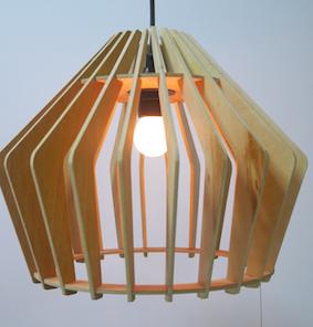 Luminária em Madeira laminada Angelim Pedra Balão - Soletue Design