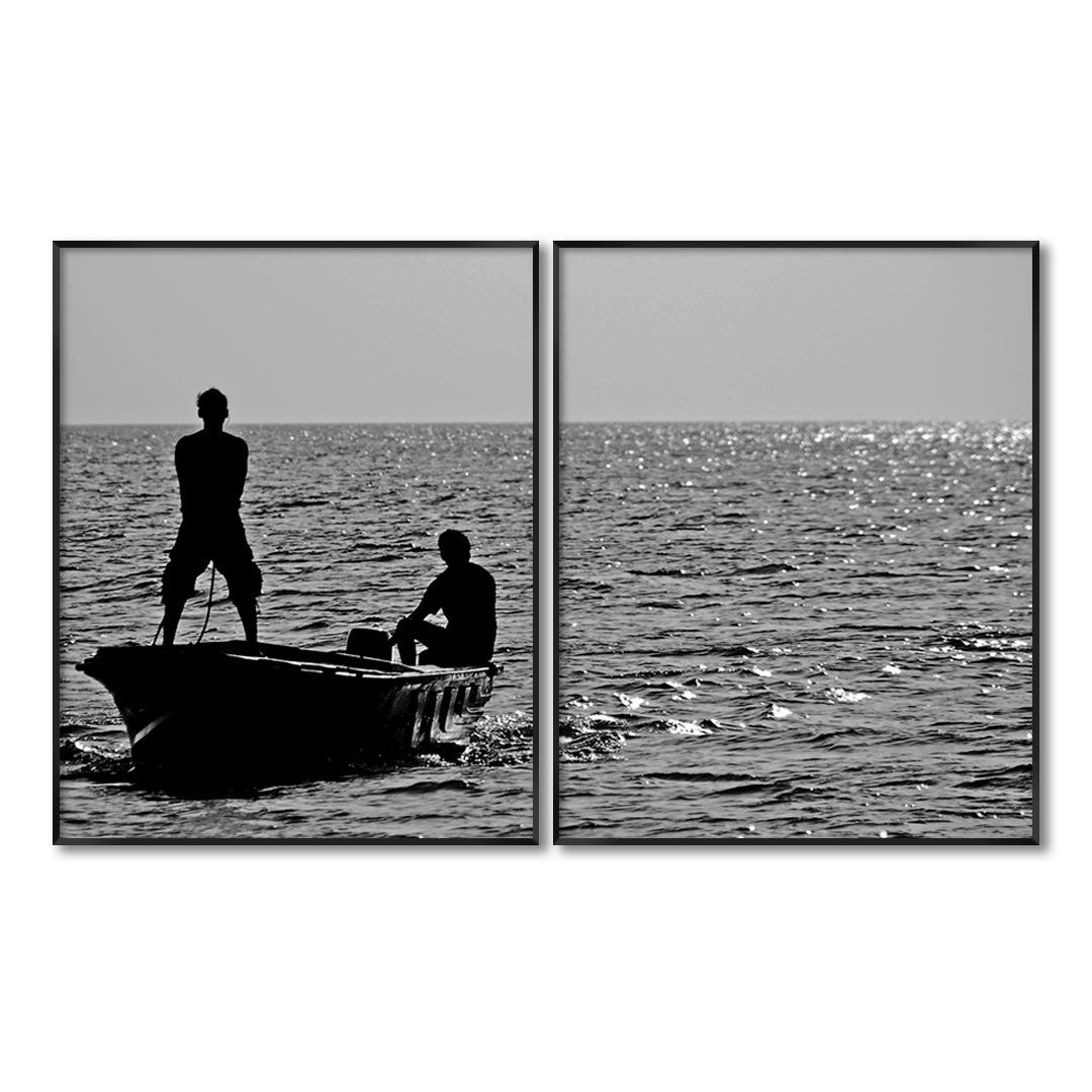 Composição com 2 Quadros Decorativos com Fotografia de Barco no Mar