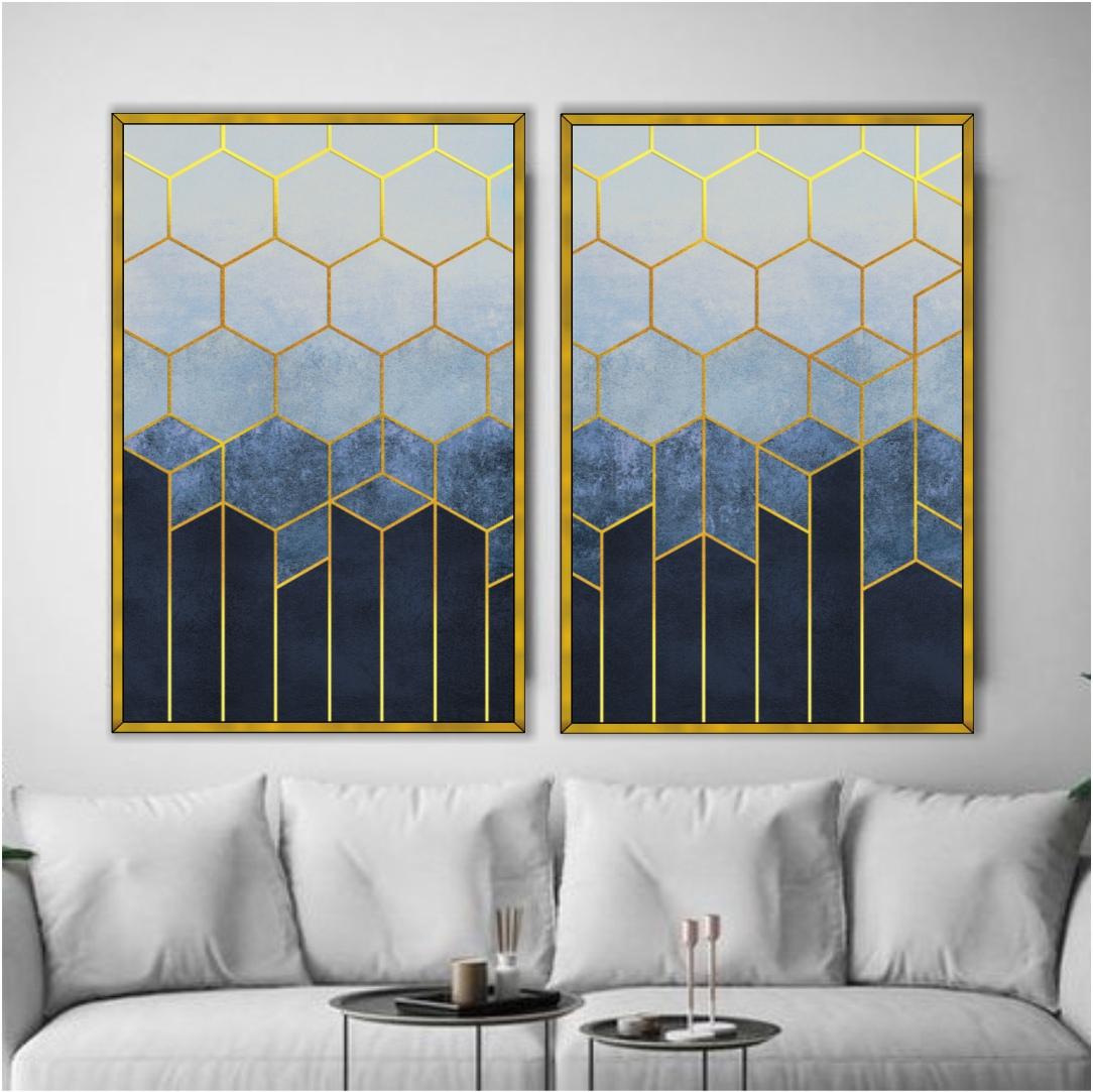 Composição com 2 Quadros Decorativos Geométricos Azul e Dourado Estilo Colmeia