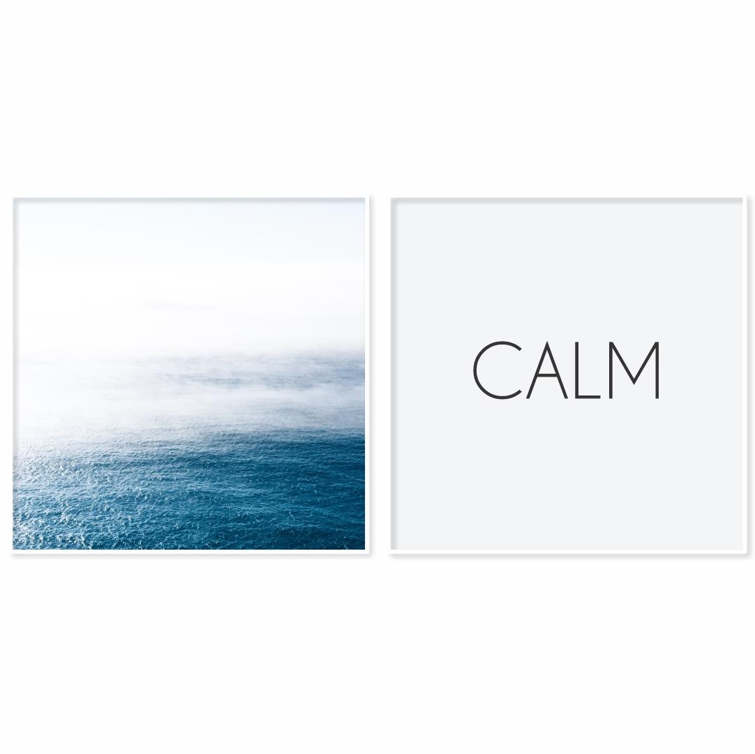 Conjunto com 2 Quadros Decorativos Minimalistas com Imagem de Mar e CALM