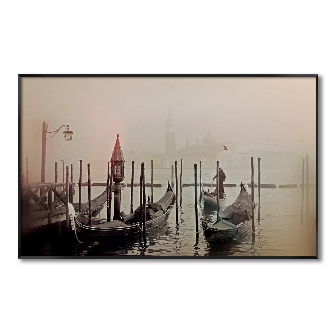 Quadro Decorativo com Fotografia de Cais com Barcos Antigos