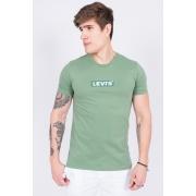 Camiseta Mc Levis Logo Meio
