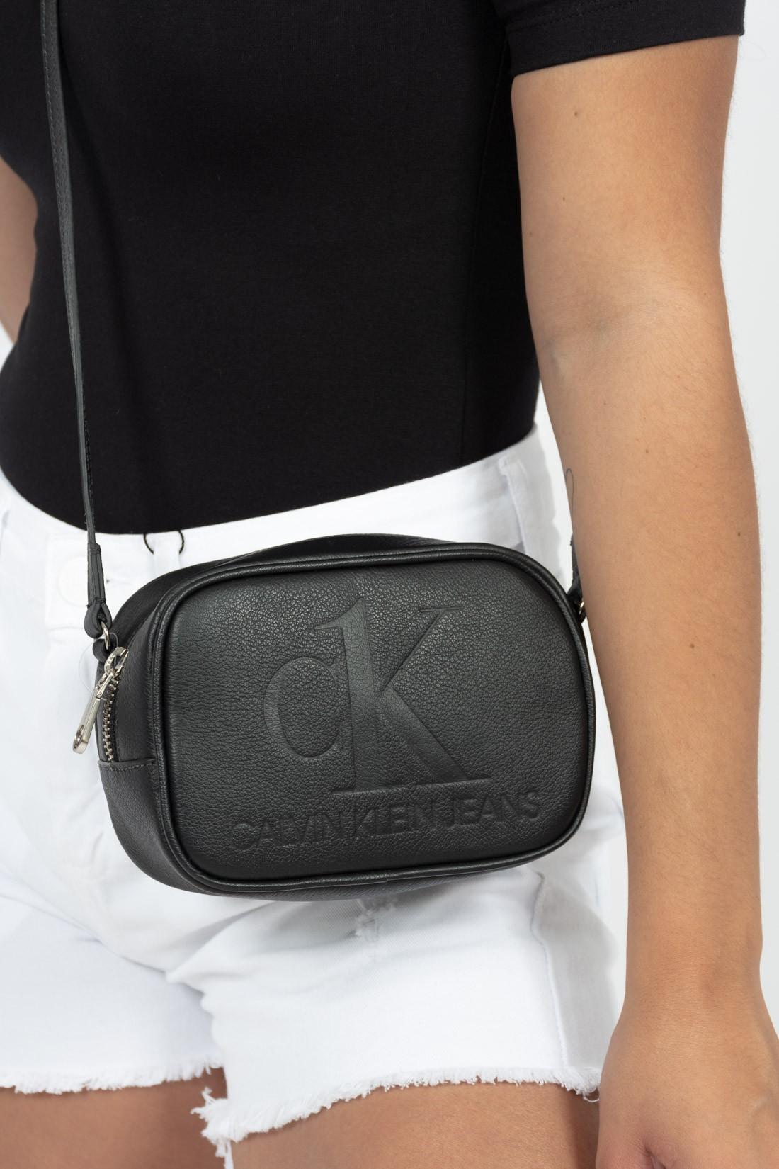 Bolsa Calvin Klein Camera Bag Ck1