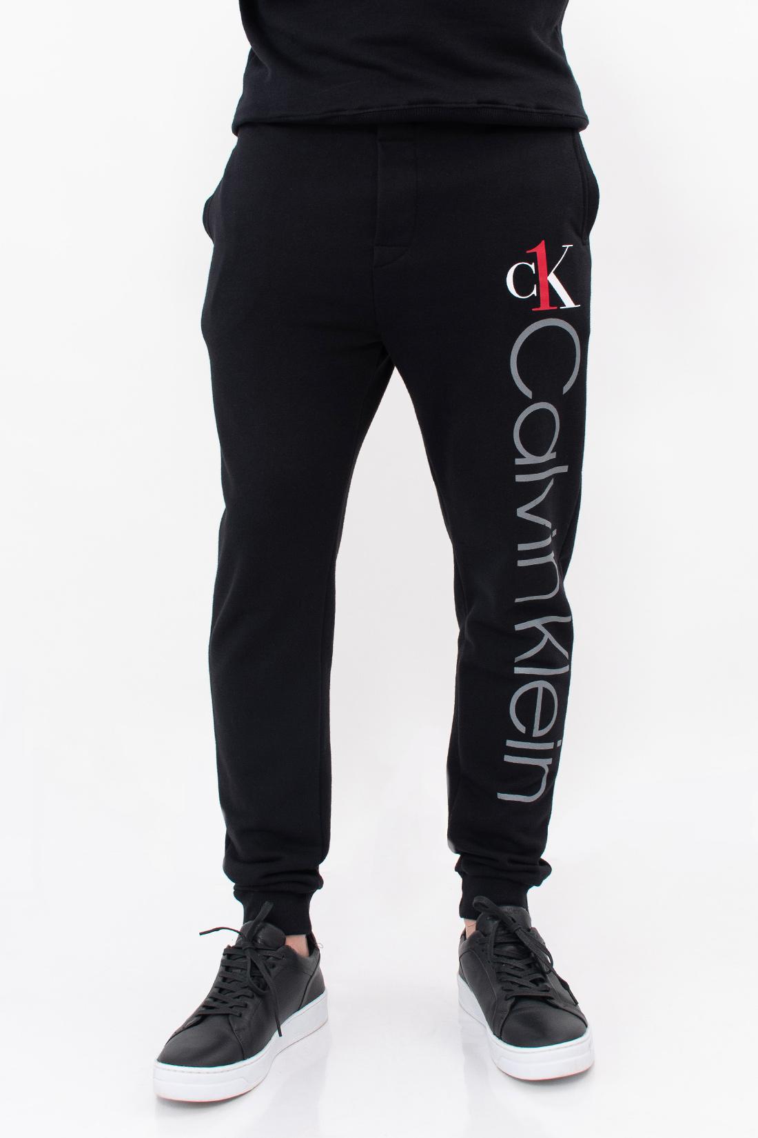 Calca Moletom Calvin Klein Graphic Logo