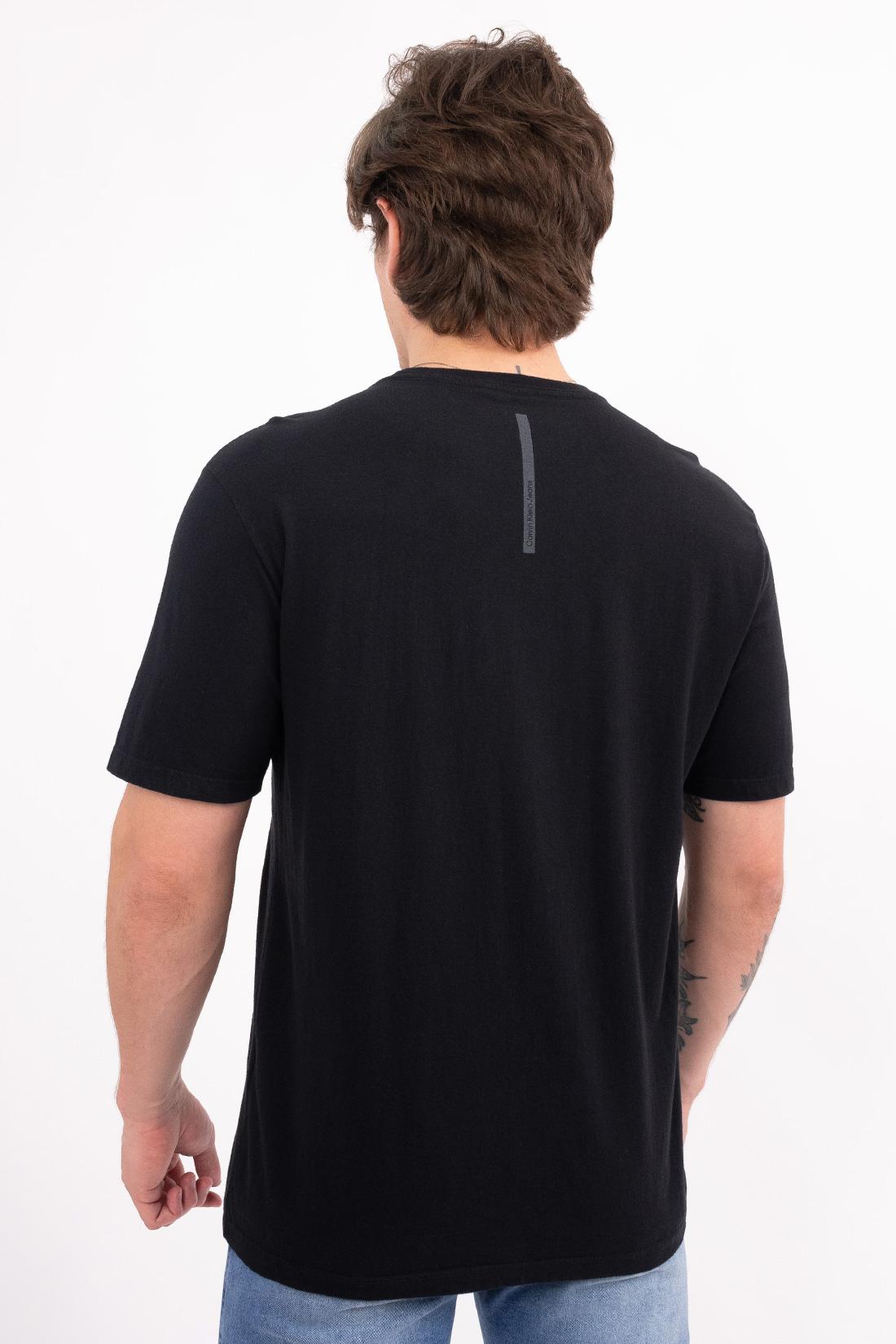 Camiseta Mc Calvin Klein Logo Basico Frente