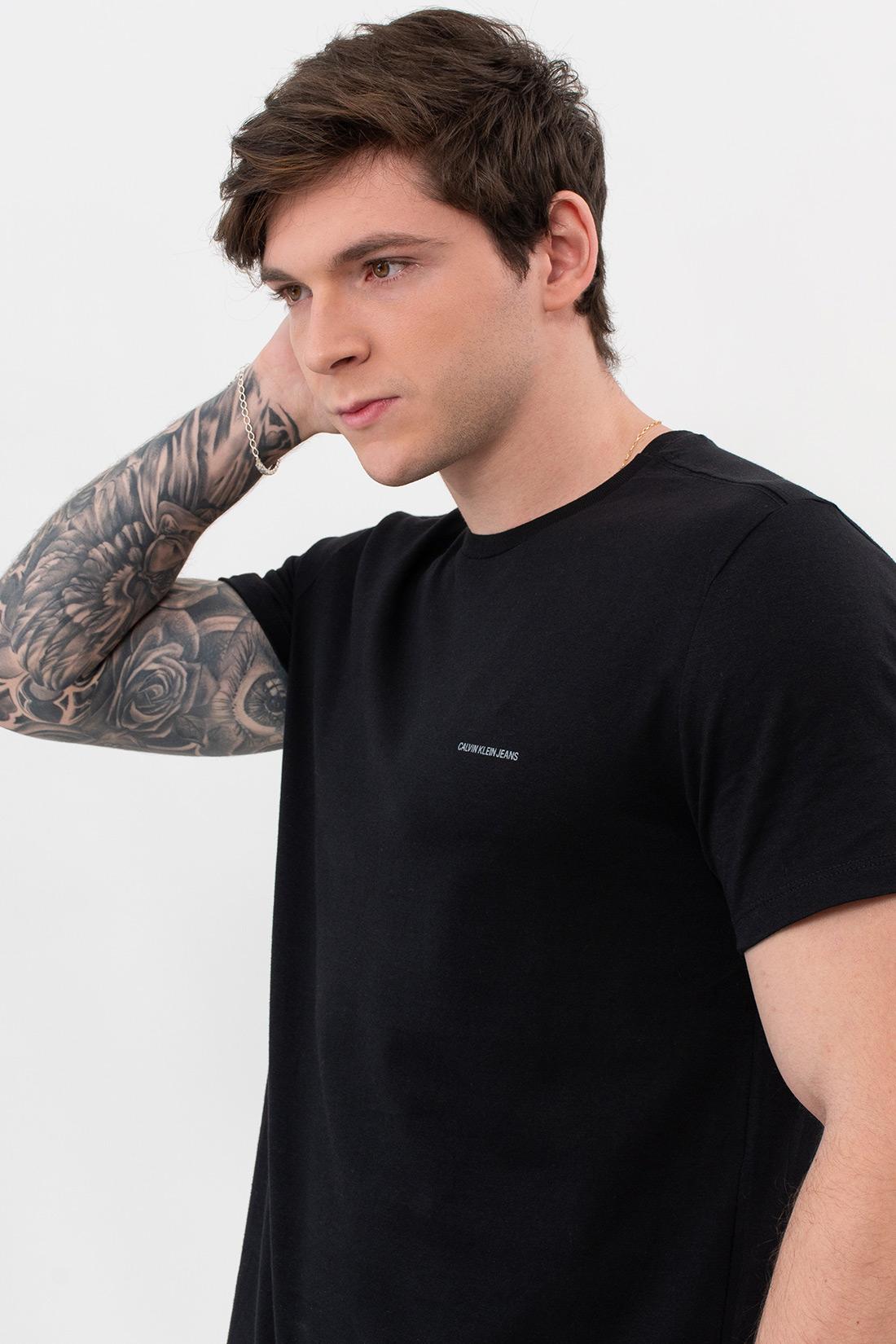 Camiseta Mc Calvin Klein Logo Basico Peito