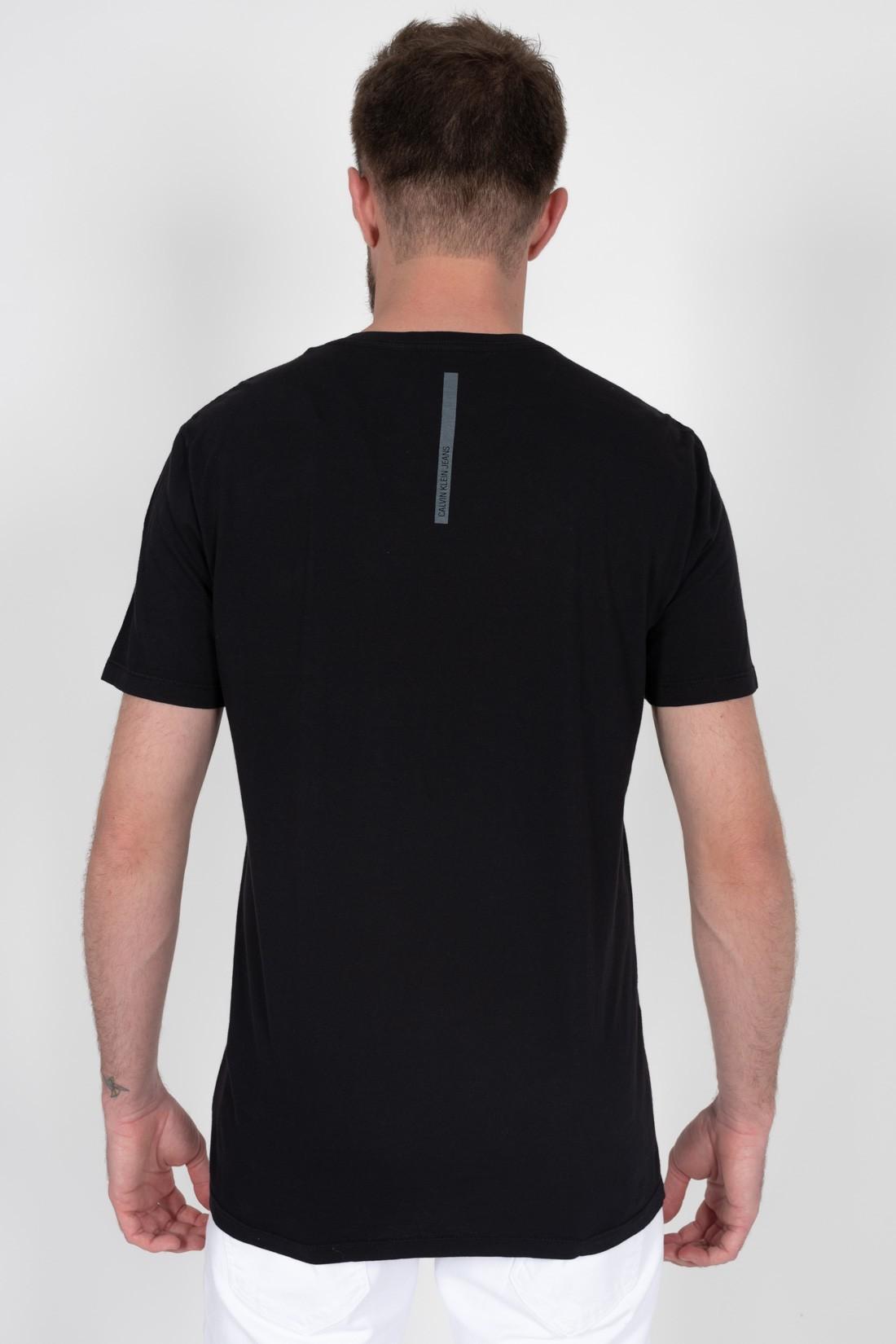 Camiseta Mc Calvin Klein Logo Circular