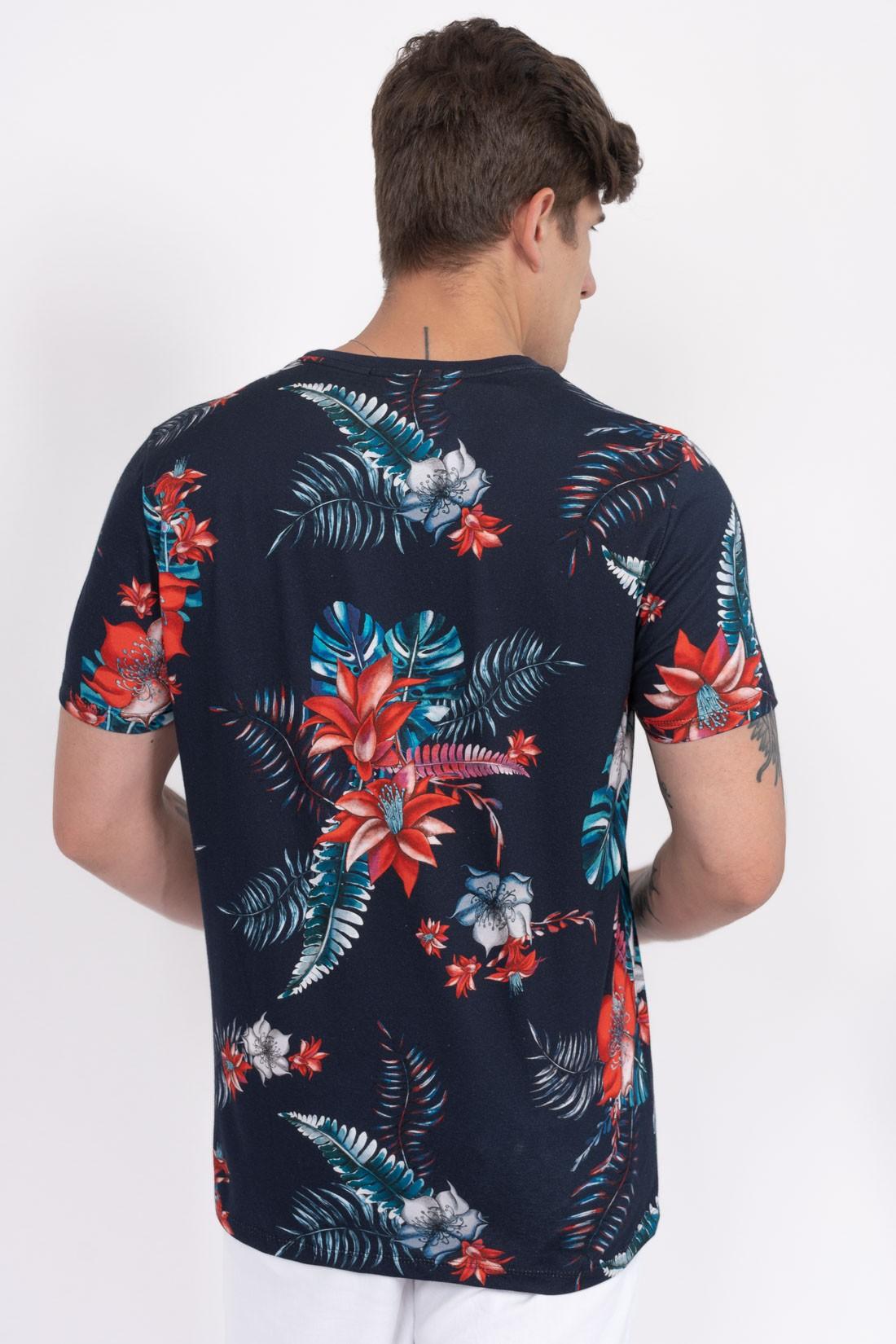 Camiseta Mc Colcci Bombaim
