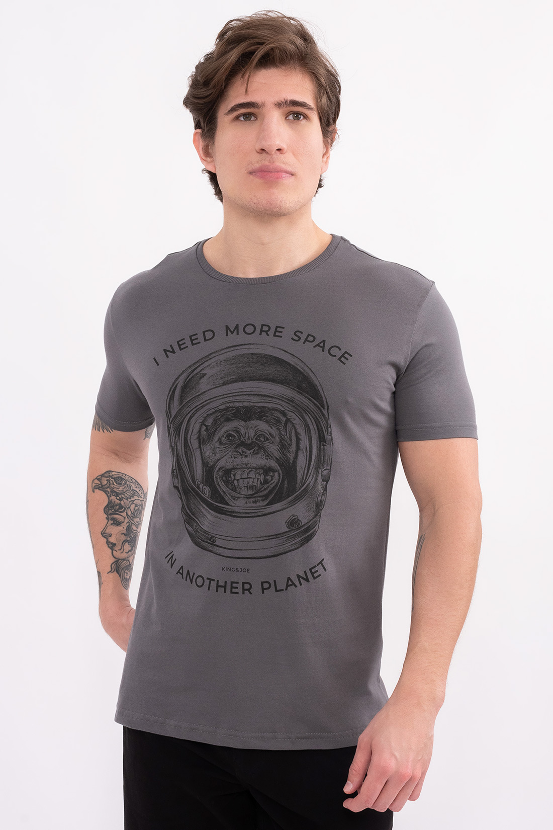 Camiseta Mc King&Joe I Need More Space