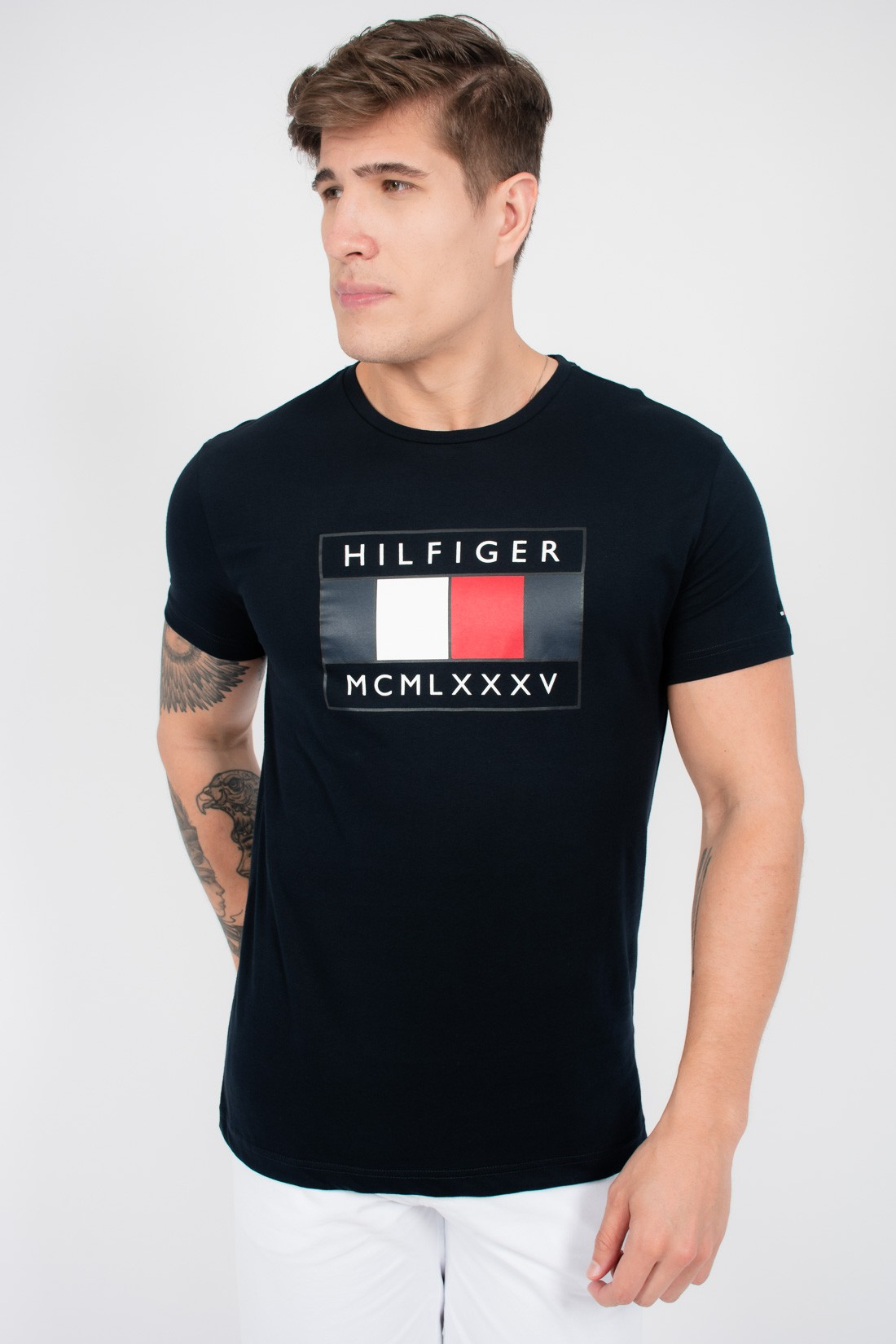 Camiseta Mc Tommy Hilfiger Flag Chest
