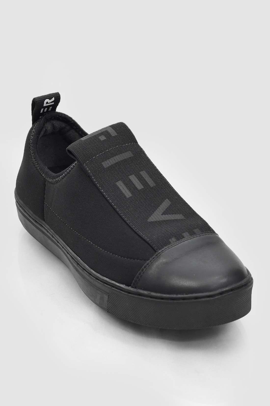 Slip On Fiever Neoprene