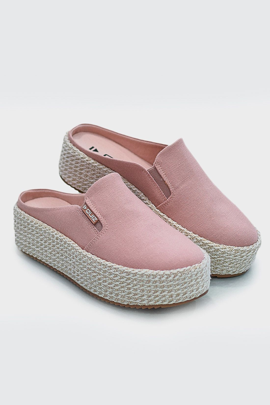 Slip On Mule Quiz Rafia