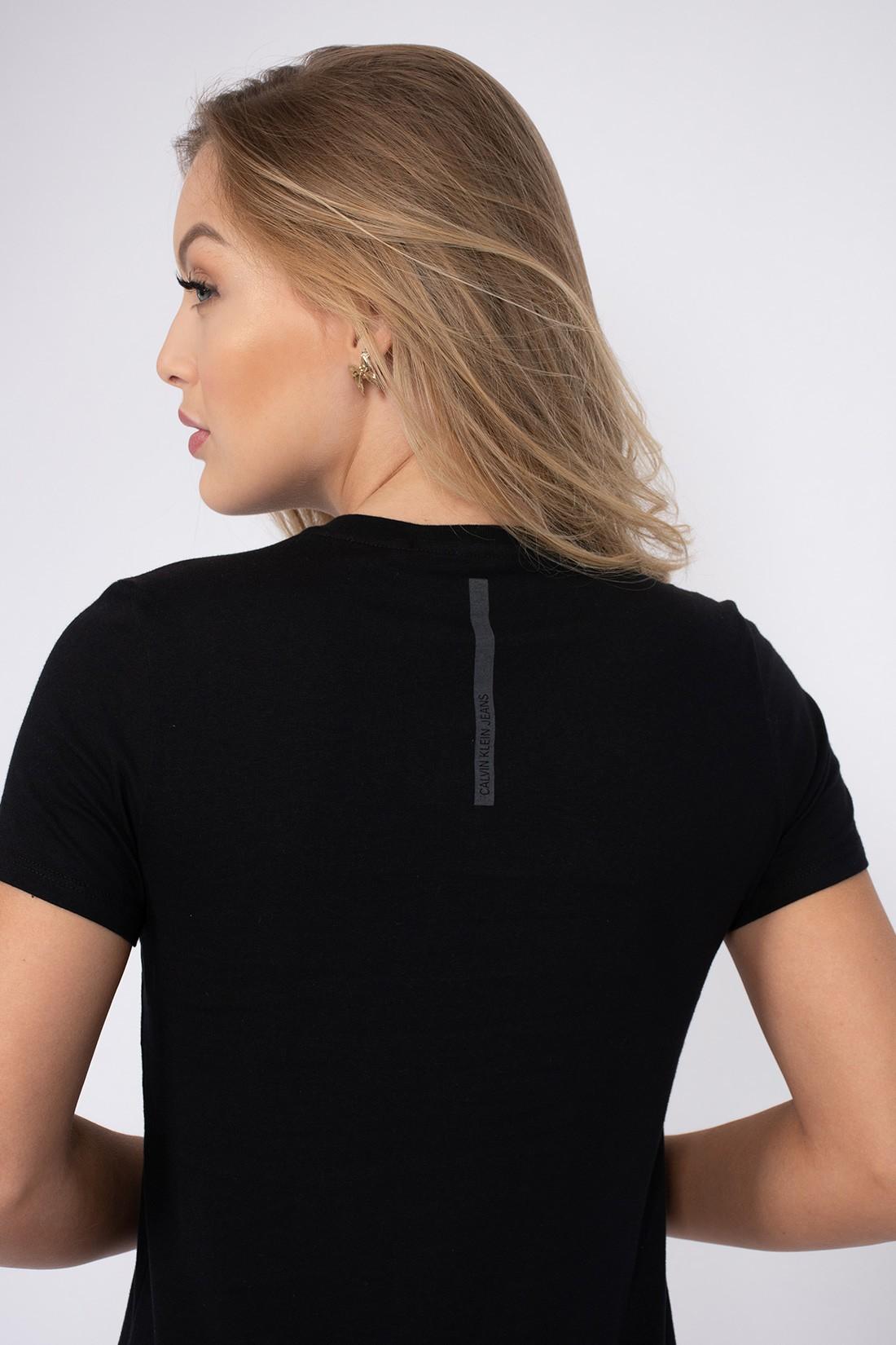T Shirt Calvin Klein Alto Relevo
