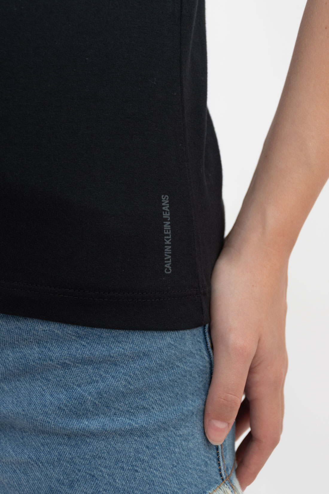T Shirt Calvin Klein Basica