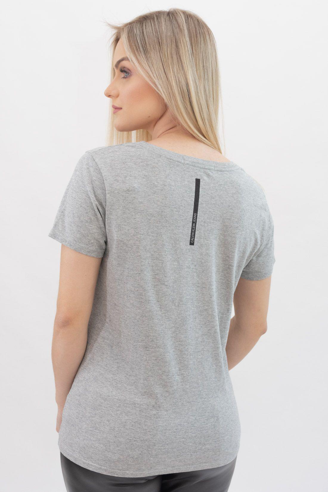 T Shirt Calvin Klein Logo Meio