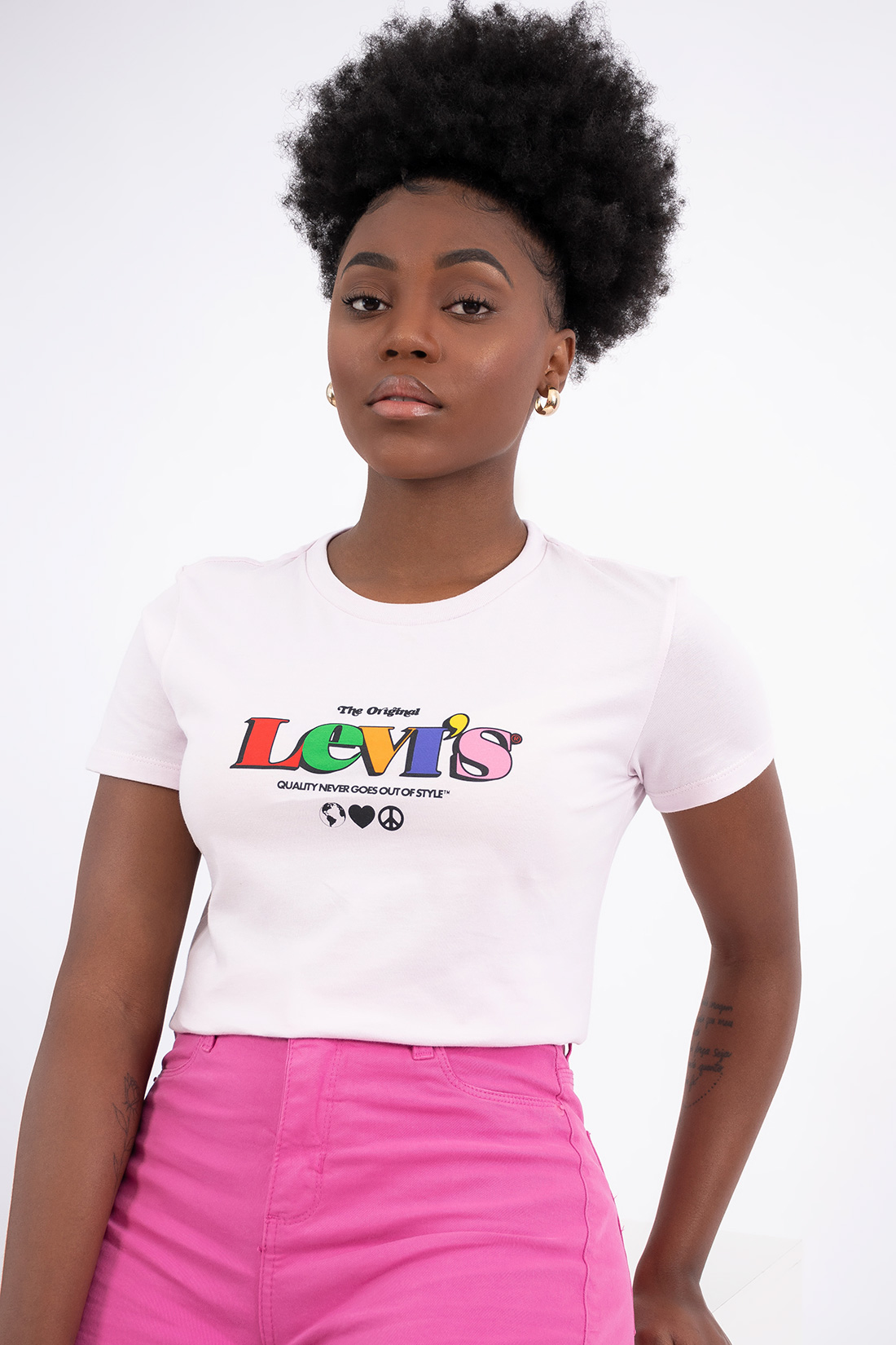 T Shirt Levis Quality Never Goes Out Of Style